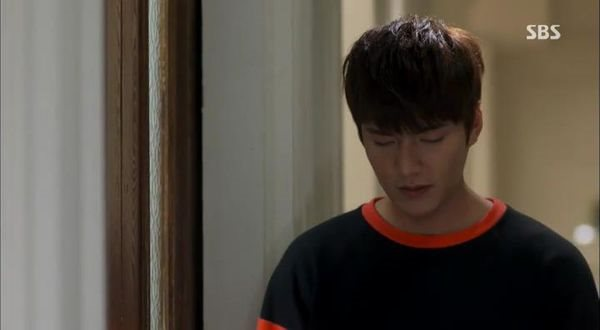 [YYeTs][The Heirs ep004][(110149)23-17-41].JPG