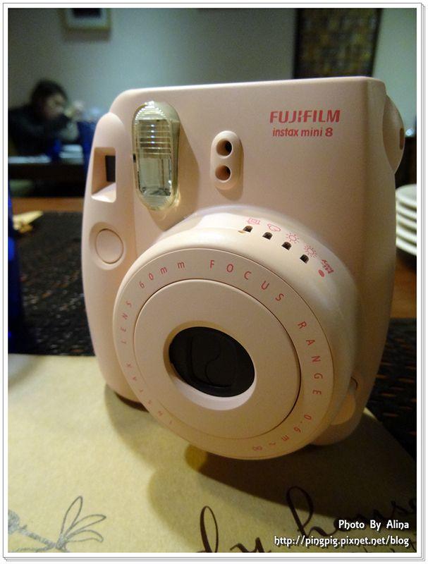 [ 3C-相機 ] Pink粉嫩風拍立得Fujifilm mini8 好店推薦-東京正宗 @Alina 愛琳娜 嗑美食瘋旅遊