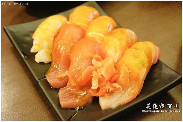 [ 已歇業 ] 花蓮市 賀川壽司屋 – 美味新鮮又大顆的生魚片握壽司,排隊美食豈容錯過?!