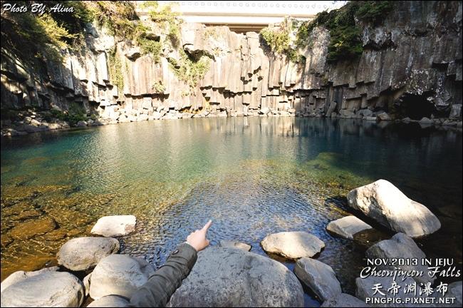 【濟州島景點】西歸浦 天帝淵瀑布천제연폭포-中文觀光區Cheonjiyeon Falls