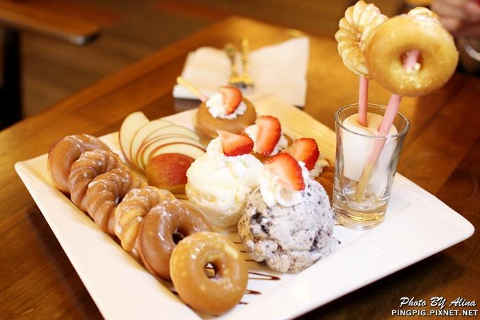 【食記】台北後山埤 T&T CAFE 瘋世足的早午餐 甜甜圈形狀的鬆餅 你吃過嗎?! @Alina 愛琳娜 嗑美食瘋旅遊