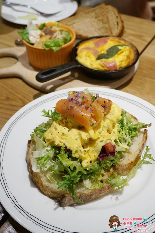 【食記】台北東區 Kaya Kaya Cafe 好吃烘蛋配香嫩烤雞 中高價位的聚餐好選擇 @Alina 愛琳娜 嗑美食瘋旅遊