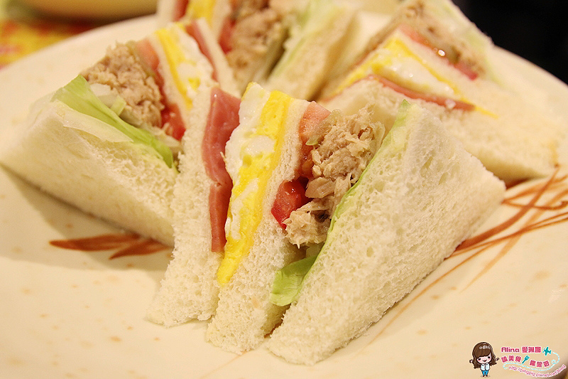 【食記】台北西門町 祥發 港式茶餐廳 XO公仔麵 法蘭西多士 早午茶港式餐點 @Alina 愛琳娜 嗑美食瘋旅遊