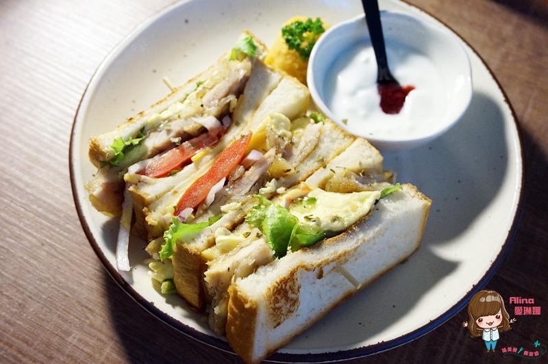 【食記】台北 南京東路 儲房咖啡館 造咖裡吃輕食三明治下午茶 家鄉味咖哩飯 @Alina 愛琳娜 嗑美食瘋旅遊