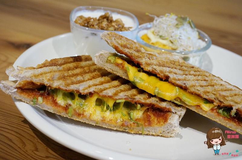【食記】台北中山 Miss V Bakery 辣味起司三明治 早午餐全麥高纖好健康