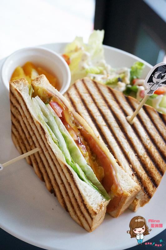 【食記】台北市府 HALO cafe 食尚玩家 愚婦團長 莎莎 開的早午餐下午茶咖啡館 @Alina 愛琳娜 嗑美食瘋旅遊