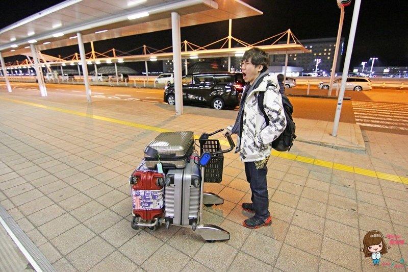 【關西自由行】關西空港機場接送 往返大阪市區網路預約方便省力 司機準時又親切 @Alina 愛琳娜 嗑美食瘋旅遊