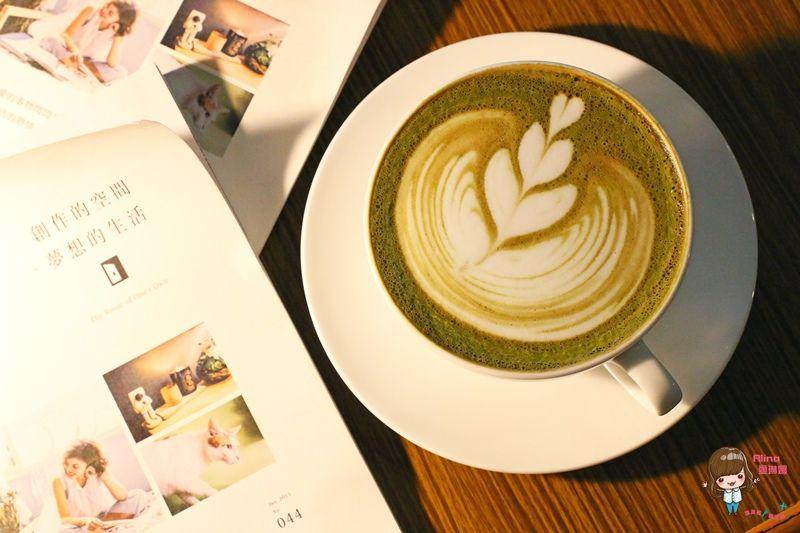 【食記】花蓮市 野花 Cafe Anthesis 文青咖啡館 老宅復古懷舊 貓咪萌寵可愛 @Alina 愛琳娜 嗑美食瘋旅遊