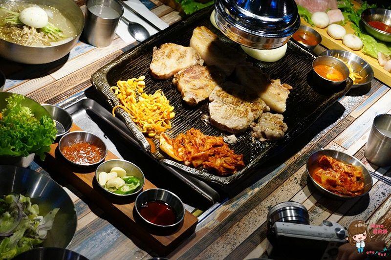 【食記】台北東區 咚咚家 dondonga 韓式豬肉專賣돈돈가| 韓國烤肉 起司蒸蛋欲罷不能 @Alina 愛琳娜 嗑美食瘋旅遊