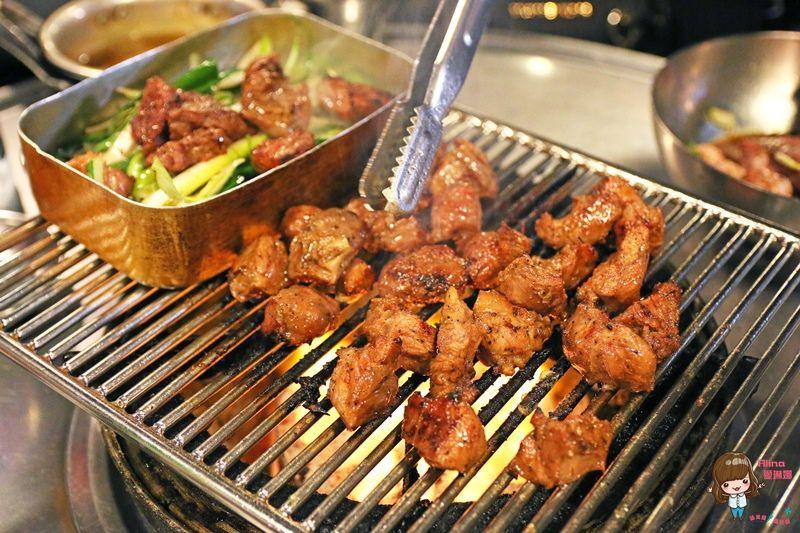 【首爾美食】123回基站 將軍府烤肉 장군집 在地人愛吃平價韓國烤肉店 豬橫膈膜肉 豬頰肉 @Alina 愛琳娜 嗑美食瘋旅遊