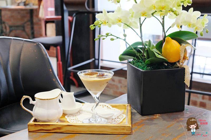【食記】台北東區 慢步調咖啡館 靜靜的不限時咖啡廳 有WiFi跟免費插座 @Alina 愛琳娜 嗑美食瘋旅遊