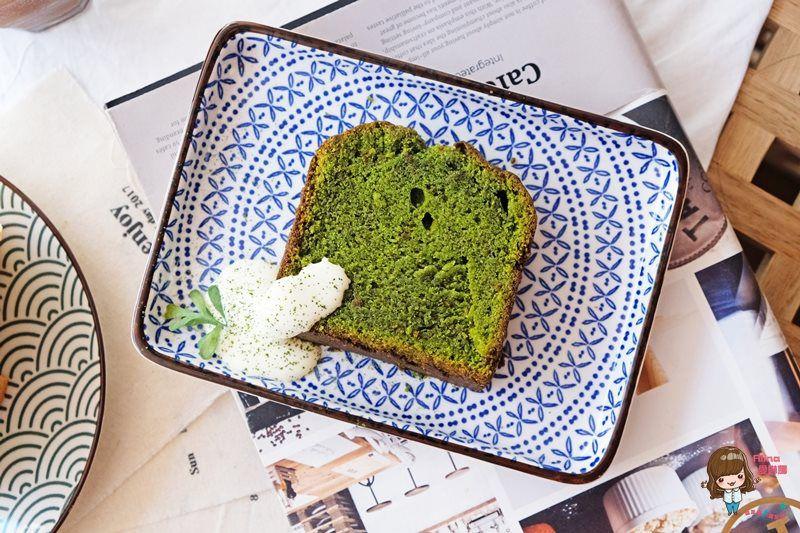 【食記】台北南港 L.coffee 我愛的韓風咖啡館 抹茶磅蛋糕香鬆好吃
