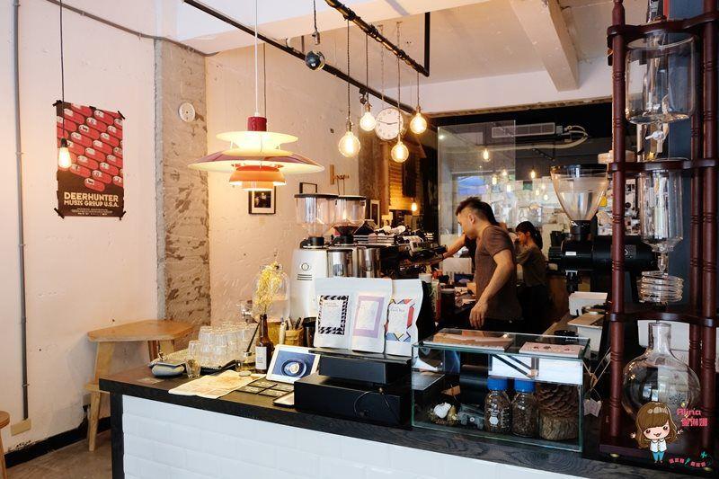 【食記】台北大安 Stone Espresso Bar 石頭咖啡館 英倫工業風的慵懶步調
