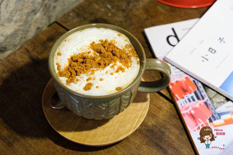 【食記】台北忠孝新生 卡那達咖啡店 輕工業韓風咖啡館 低調的舒服感 @Alina 愛琳娜 嗑美食瘋旅遊