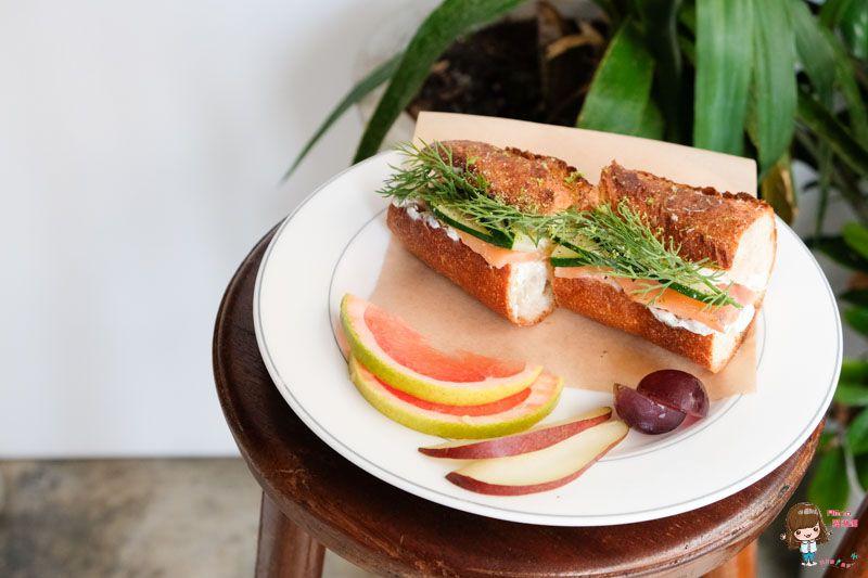 【食記】台北大安 波浮 Habu Juice 咖啡館 清爽燻鮭魚三明治 酸甜水果優格 @Alina 愛琳娜 嗑美食瘋旅遊