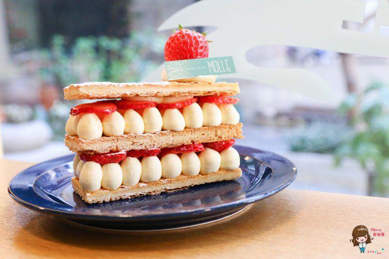 【釜山自由行】西面 MOLLE 釜山咖啡館 草莓奶油千層,可愛下午茶 @Alina 愛琳娜 嗑美食瘋旅遊