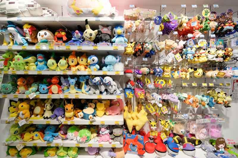 【日本必玩景點】日本 富士山一日遊 紅富士溫泉+御殿場Outlet 購物超便宜