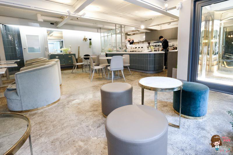 【首爾自由行】弘大 sarr 厚實鬆餅 SNS熱門下午茶咖啡館-延南洞人氣甜點店