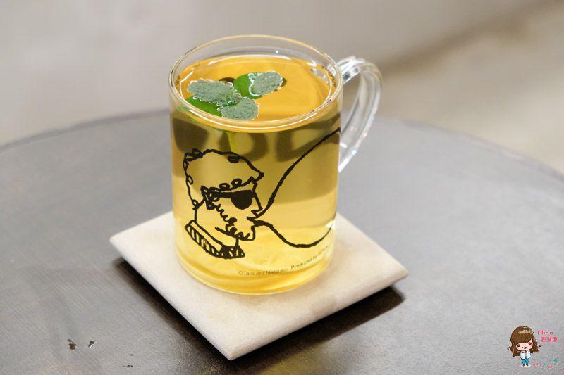 【食記】台北東區 Tzubi coffee 趣味咖啡館 富士山抹茶磅蛋糕 外帶杯別出心裁