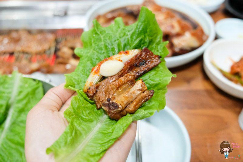 【濟州島美食】濟州市 泰山肋骨烤肉(太仙排骨) 在地人推薦! 平價調味烤豬肉