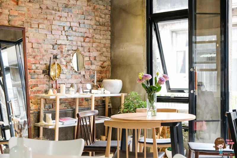 【食記】台北中山 iki shop 超美超好拍的韓風咖啡館 水果戚風蛋糕清甜可愛