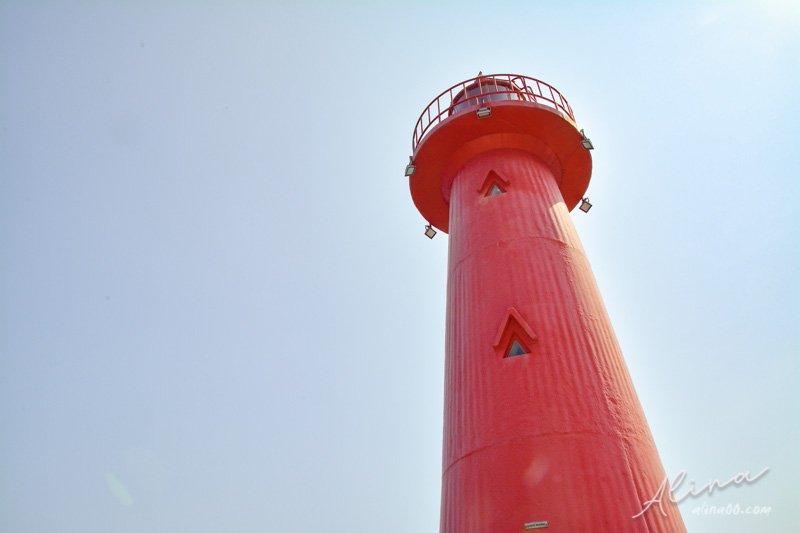 青沙浦紅白燈塔