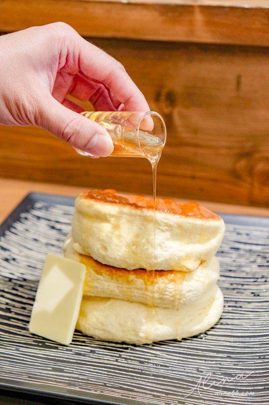 紅鶴 日式厚鬆餅
