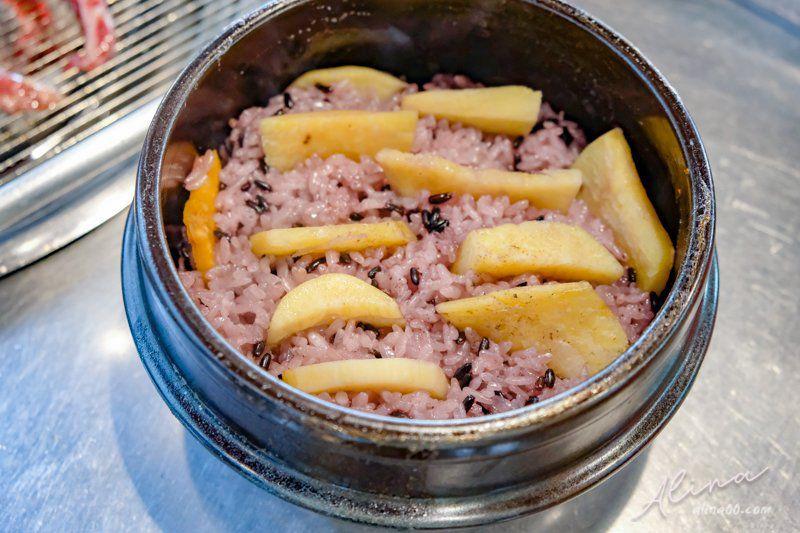 鐵路王排骨地瓜石鍋飯