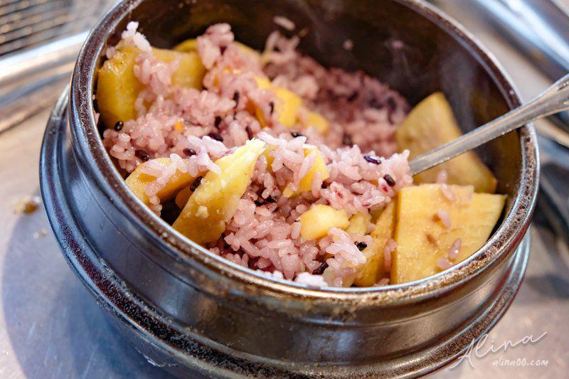 鐵路王排骨石鍋飯