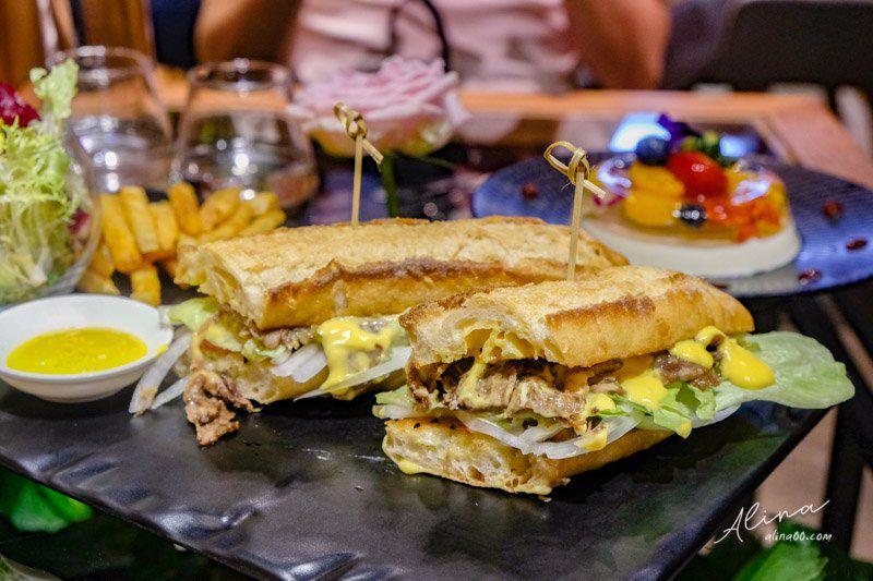 嫩烤牛肉起司法國麵包三明治