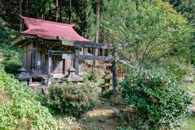福島只見川霧幻峽 つるの湯温泉神社