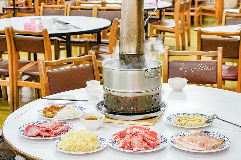 【食記】台北古亭 台電勵進餐廳-酸菜白肉鍋吃到飽,蔥油餅好吃 @Alina 愛琳娜 嗑美食瘋旅遊