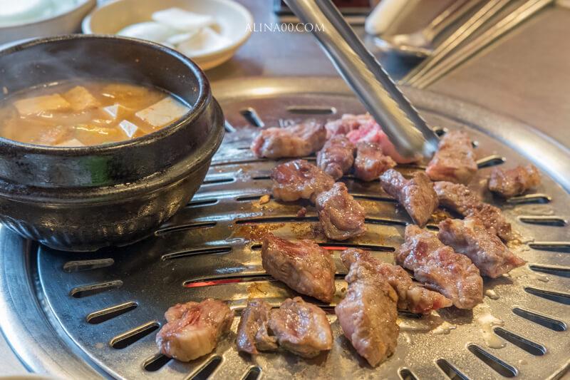 老房子木炭烤肉 首爾弘大店
