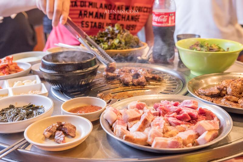 【首爾美食】 老房子木炭烤肉 弘大店|平價韓國烤肉店,網路訂位享優惠 @Alina 愛琳娜 嗑美食瘋旅遊