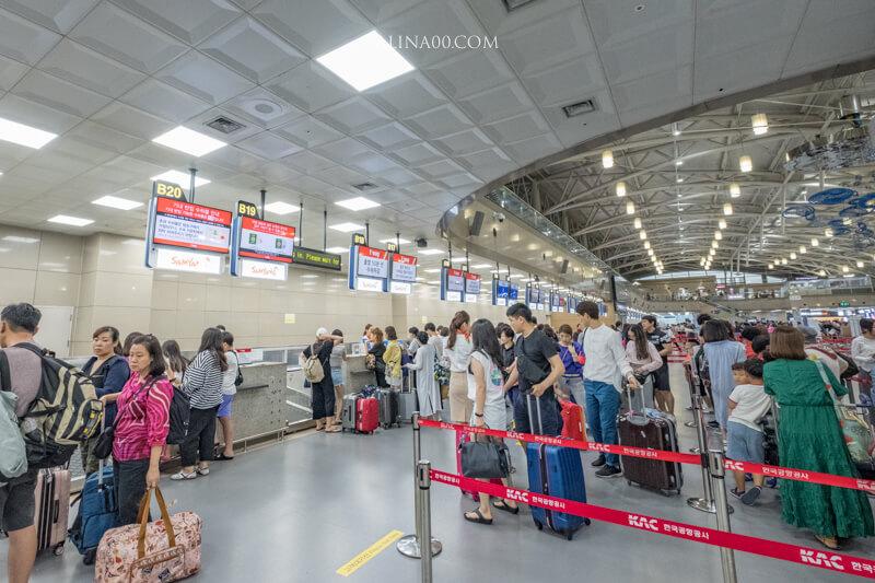 釜山金海機場 德威航空