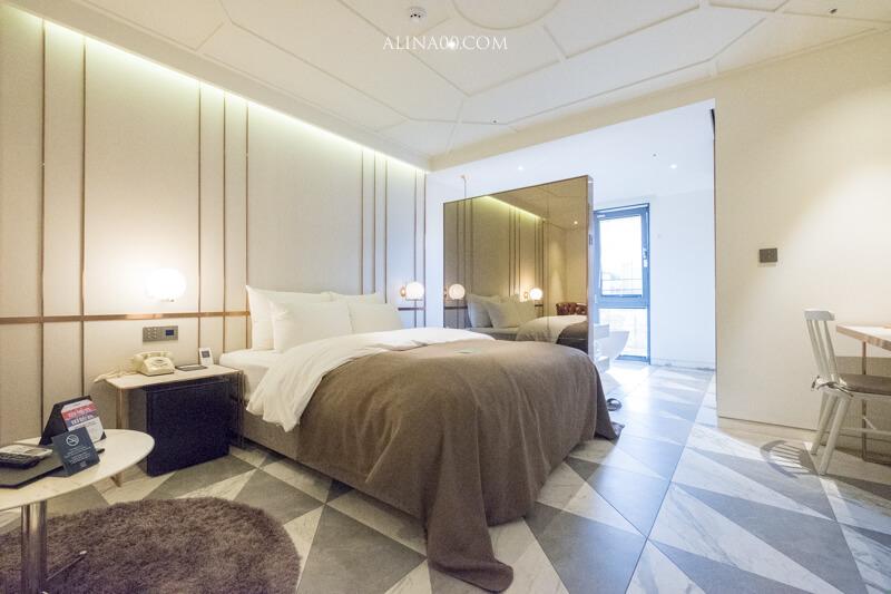 【首爾住宿】弘大-九磚飯店(奈比酒店) 9 Brick Hotel 復古歐風高質感 @Alina 愛琳娜 嗑美食瘋旅遊