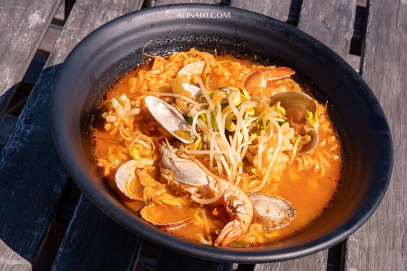 濟州海鮮飯捲 海鮮辣湯麵
