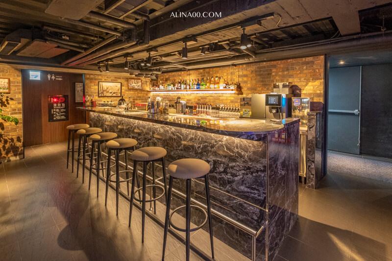 台北牛排餐酒館