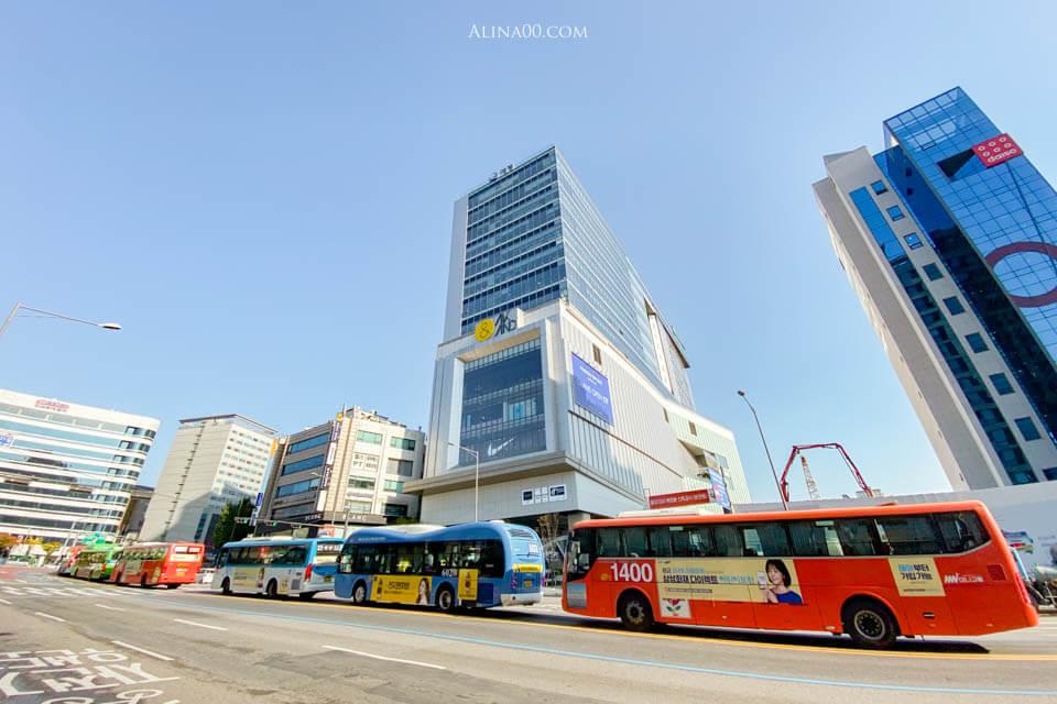 弘大AK百貨購物中心