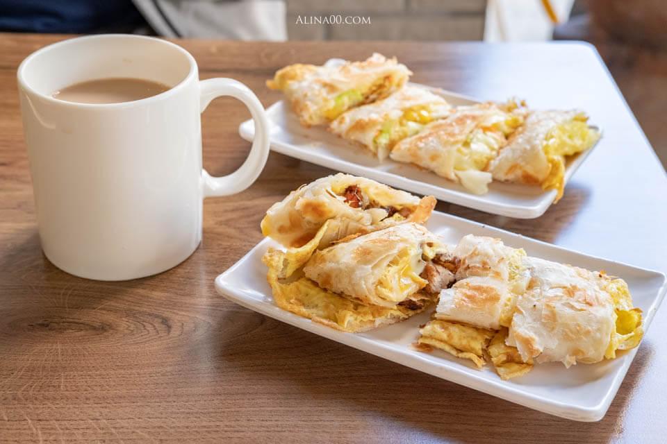 【食記】台北內湖-可來富麵包蛋餅店 |手工双蛋千層蛋餅香酥好吃 @Alina 愛琳娜 嗑美食瘋旅遊