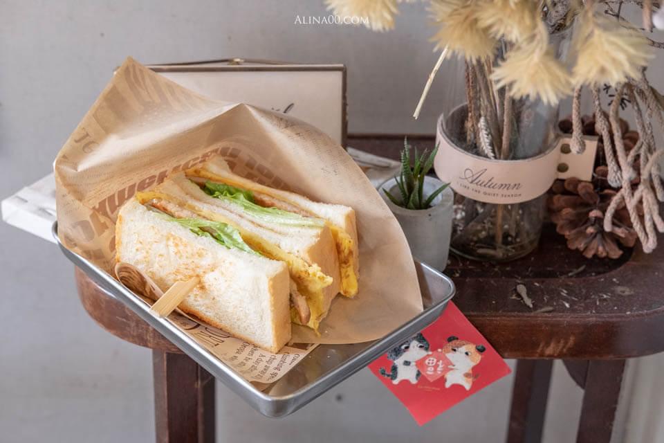 【食記】台北中山-長板凳工作室-自製吐司三明治,烤奶酥厚片超優秀! @Alina 愛琳娜 嗑美食瘋旅遊