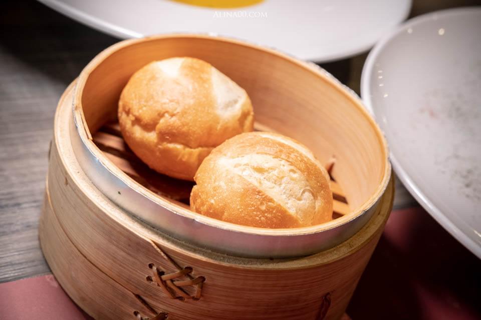 國賓飯店麵包