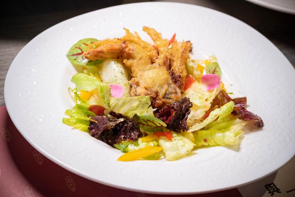 軟殼蟹酸辣沙拉