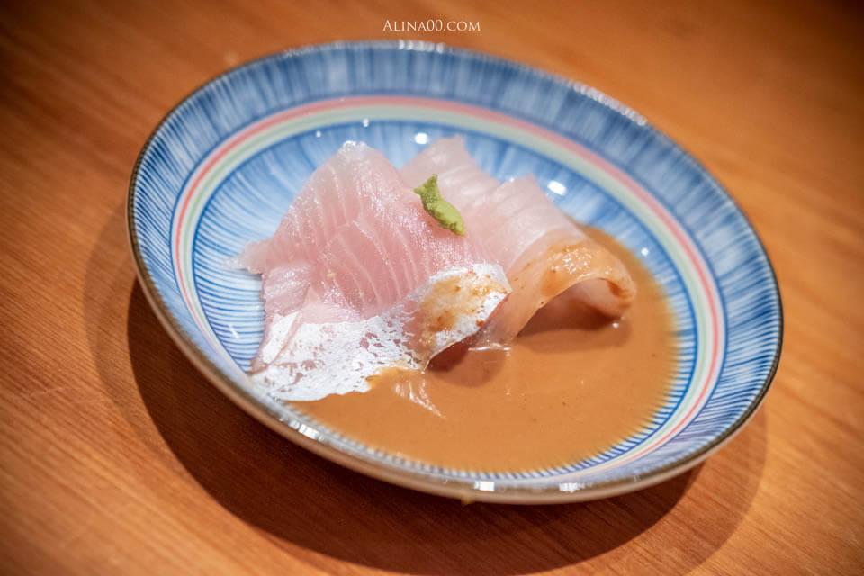鯛魚生魚片佐胡麻醬