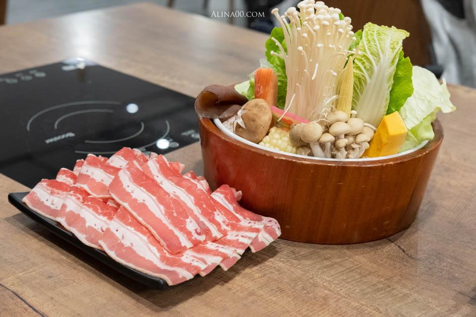 火鍋蔬菜盤