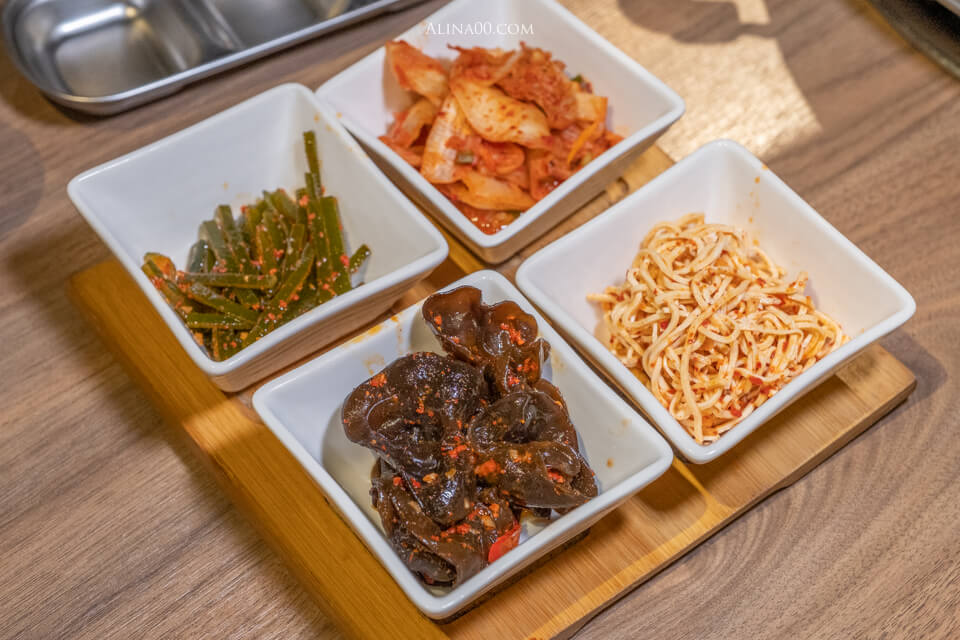 韓式小菜吃到飽