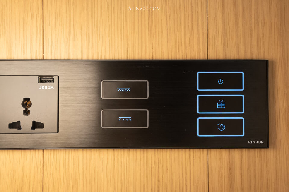 室內操控面板