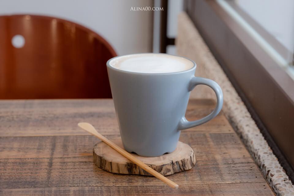 泰勒餅乾鮮奶茶