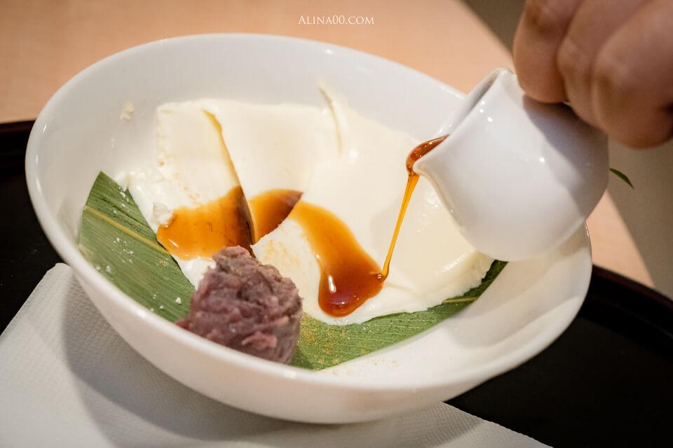 黑蜜嶺崗豆腐