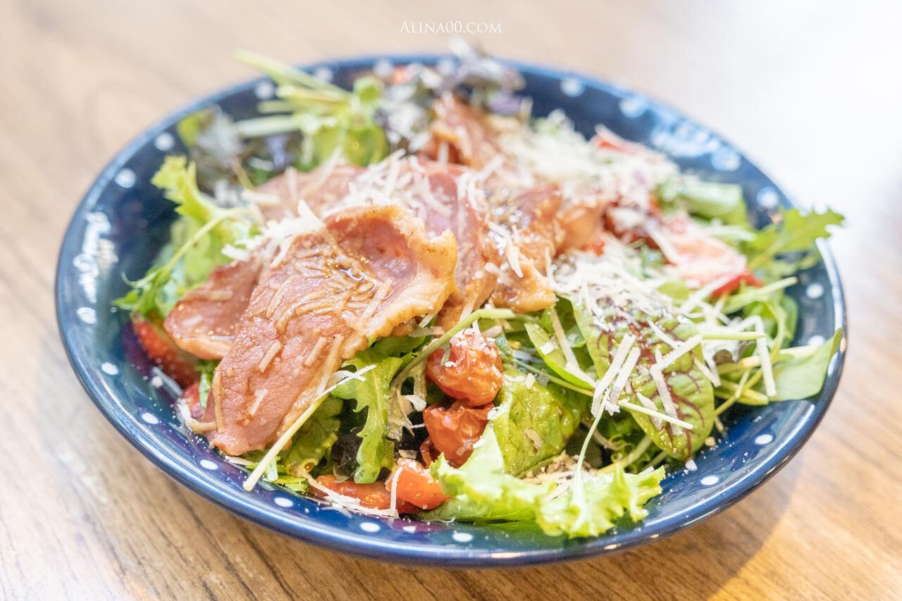 草莓鴨胸沙拉